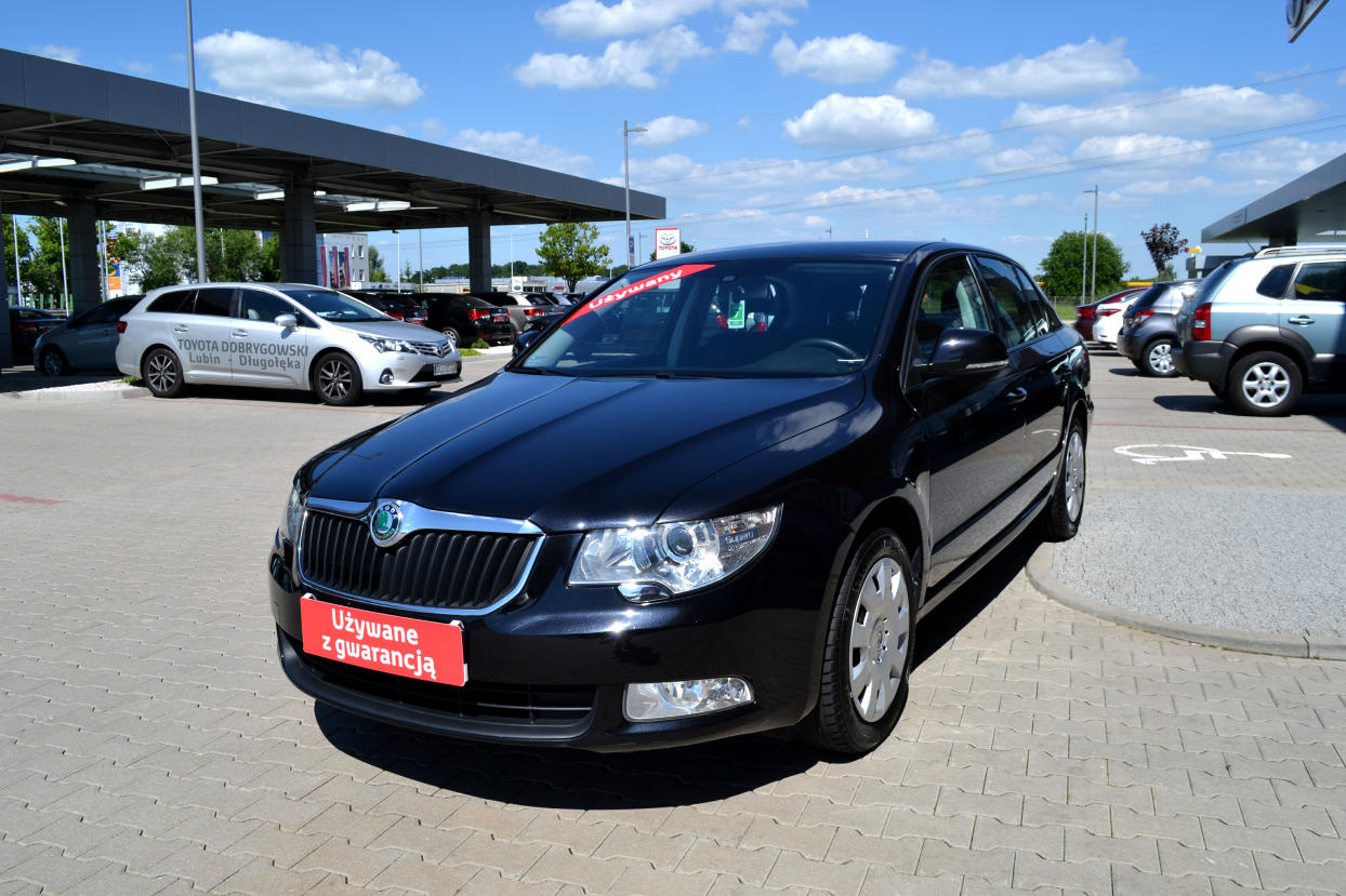 skoda superb 1 4 tsi active benzyna 2012 r. Black Bedroom Furniture Sets. Home Design Ideas