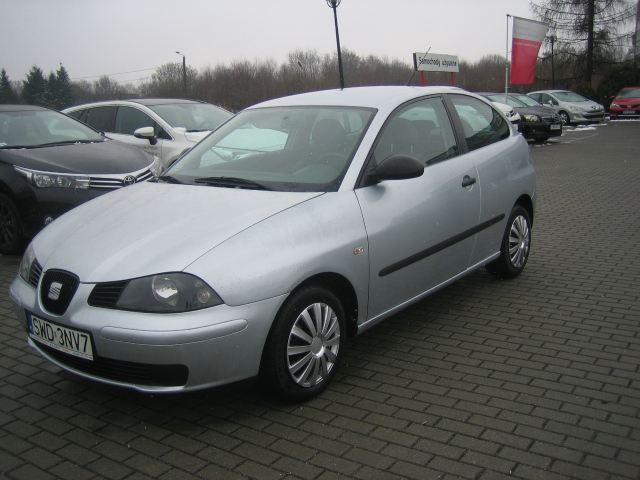 seat ibiza 1 4 tdi 70km reference inne 2006 r. Black Bedroom Furniture Sets. Home Design Ideas