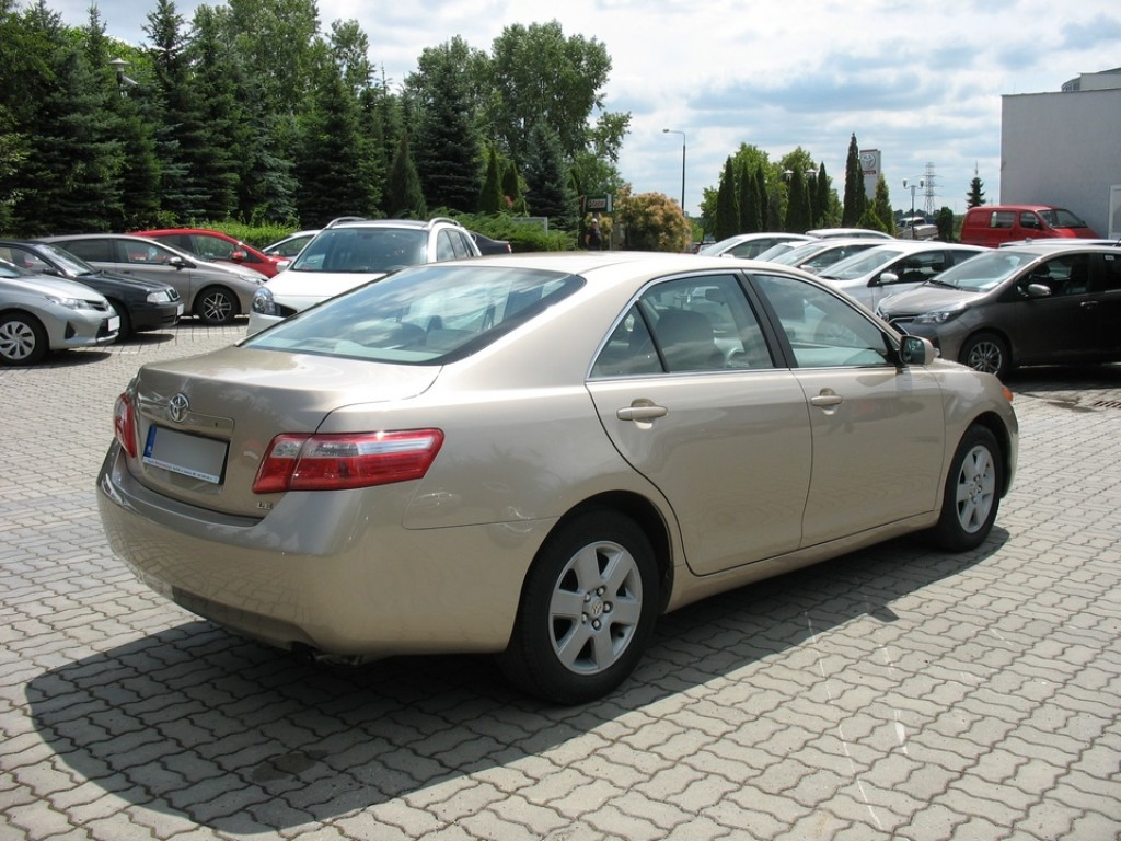 toyota usa camry 2 4 se aut benzyna 2007 r. Black Bedroom Furniture Sets. Home Design Ideas