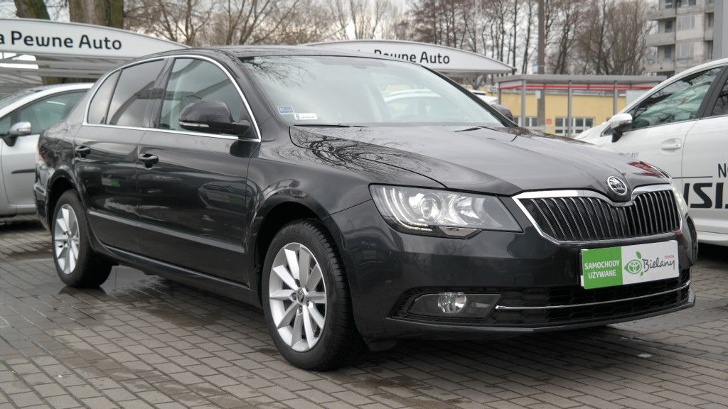 skoda superb 1 8 tsi ambition benzyna 2015 r. Black Bedroom Furniture Sets. Home Design Ideas