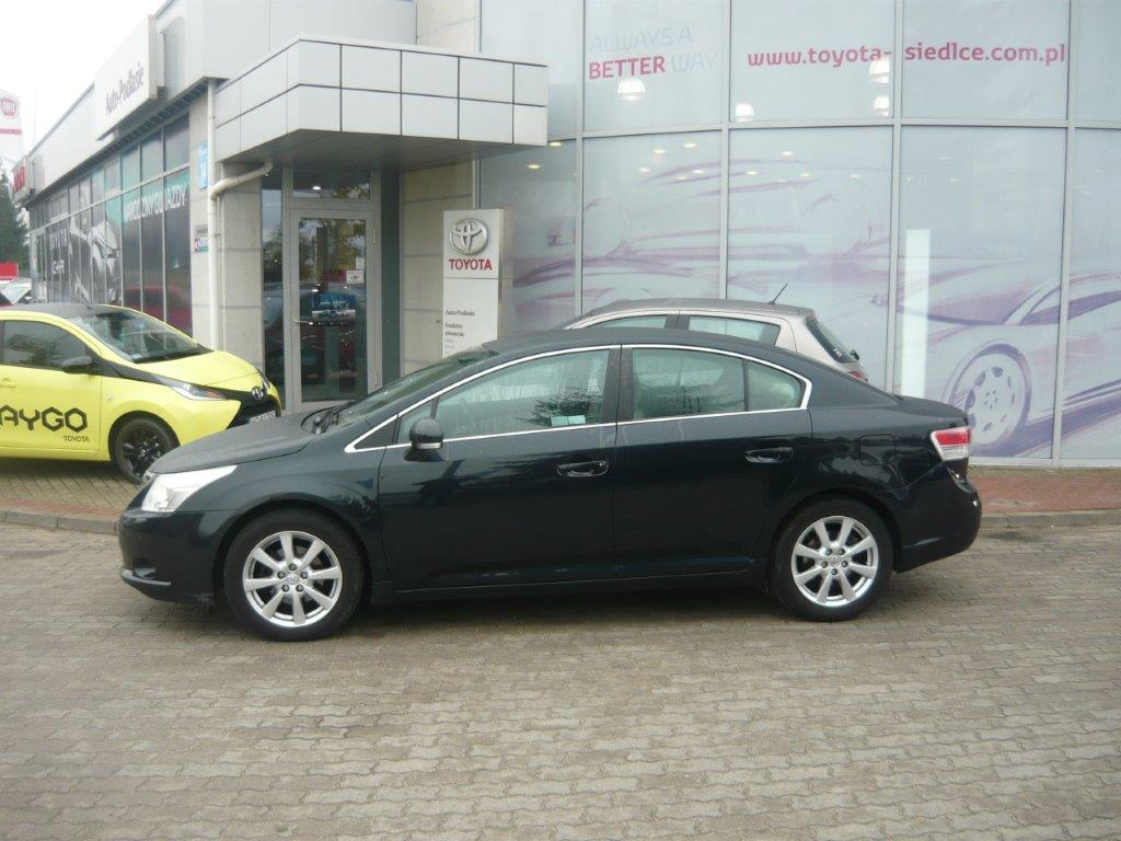 toyota avensis 1 8 sol plus benzyna 2011 r. Black Bedroom Furniture Sets. Home Design Ideas