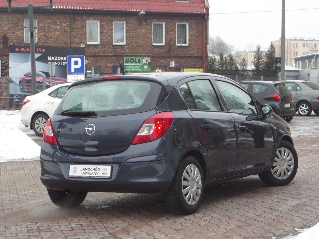 opel corsa d corsa 1 4 16v enjoy benzyna 2010 r. Black Bedroom Furniture Sets. Home Design Ideas