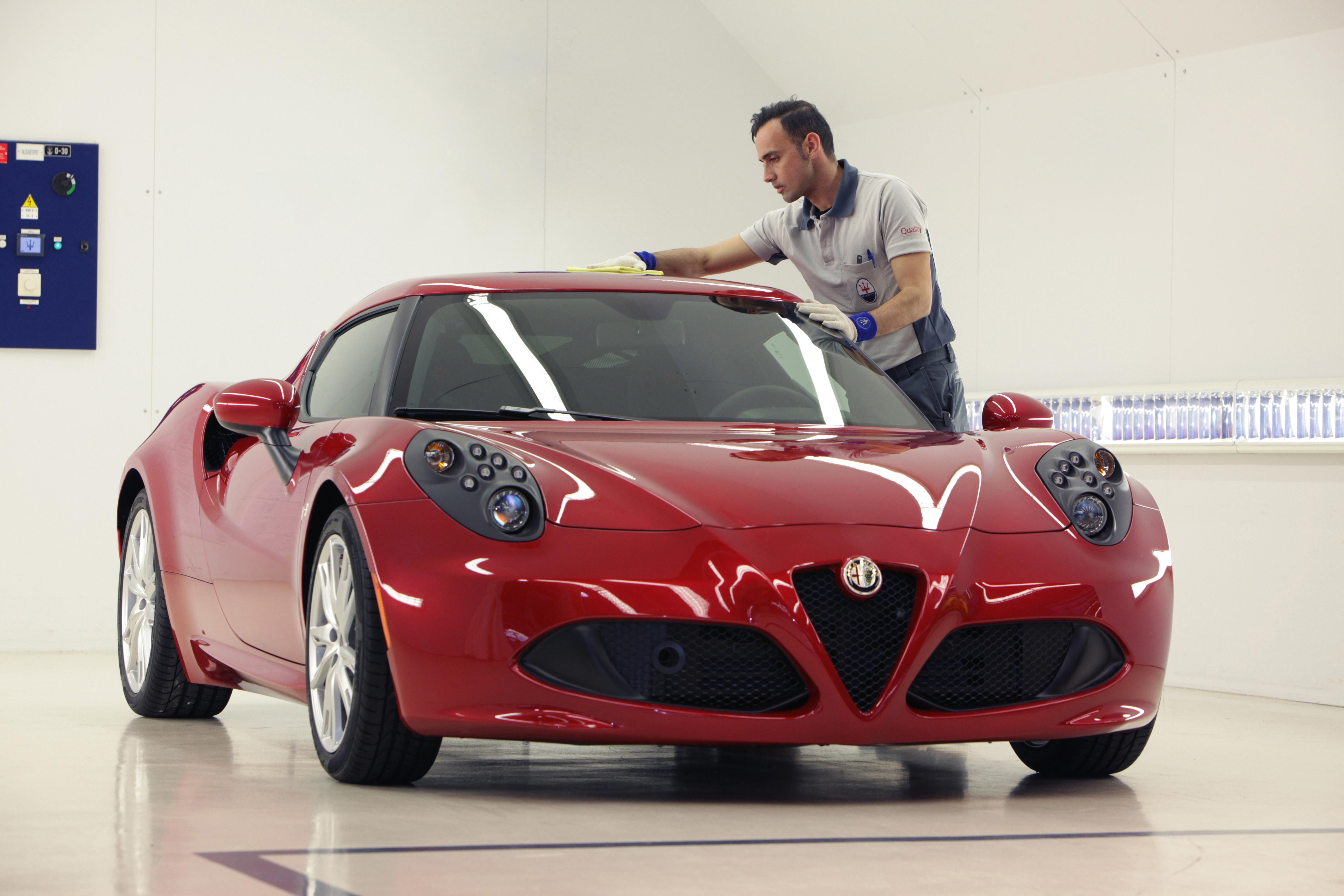 """Alfa Romeo 4C doskonałość """"Made in Italy"""" autoranking"""